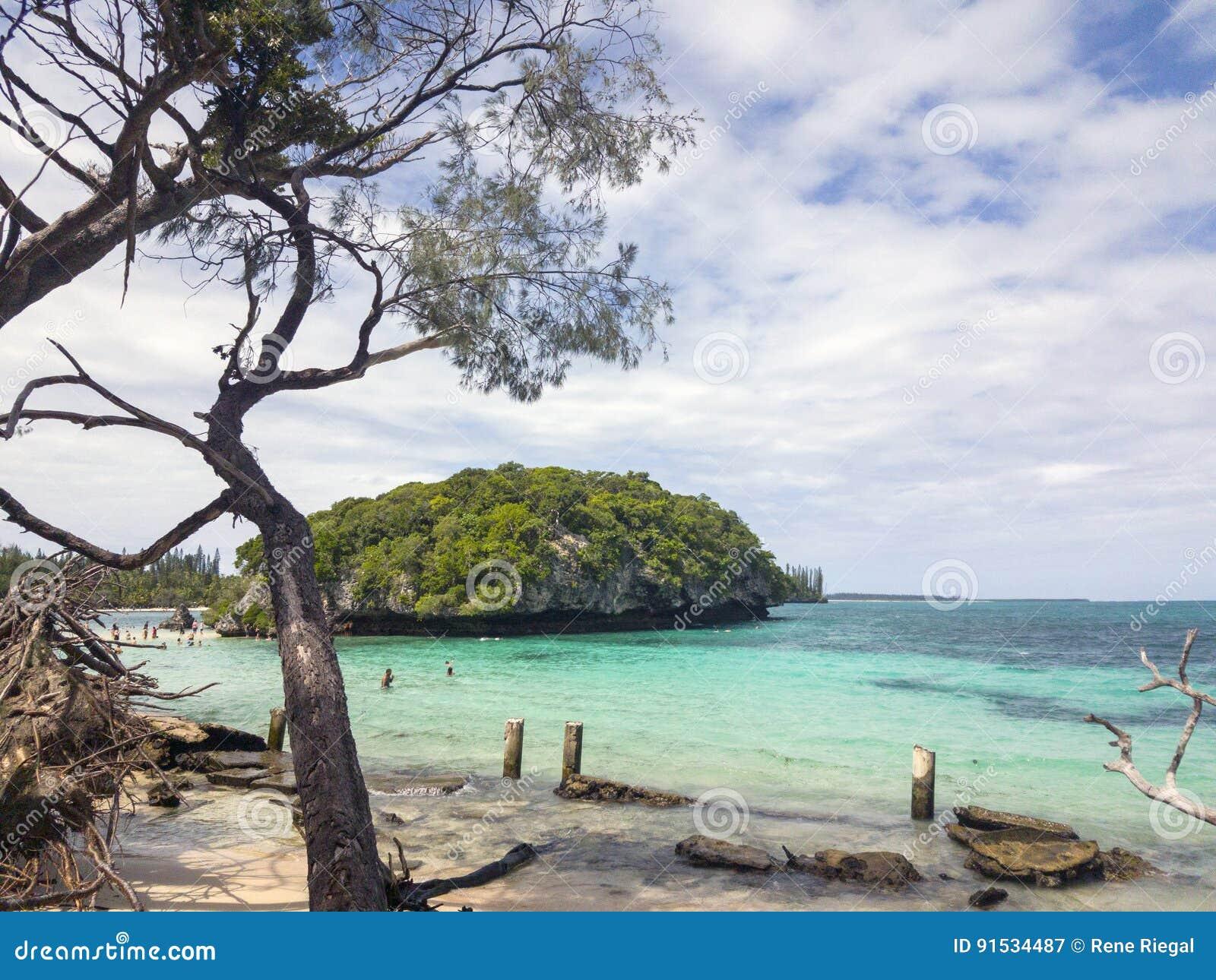 Wyrzucać na brzeg, Ile De Sosna, Nowy Caledonia, 2017