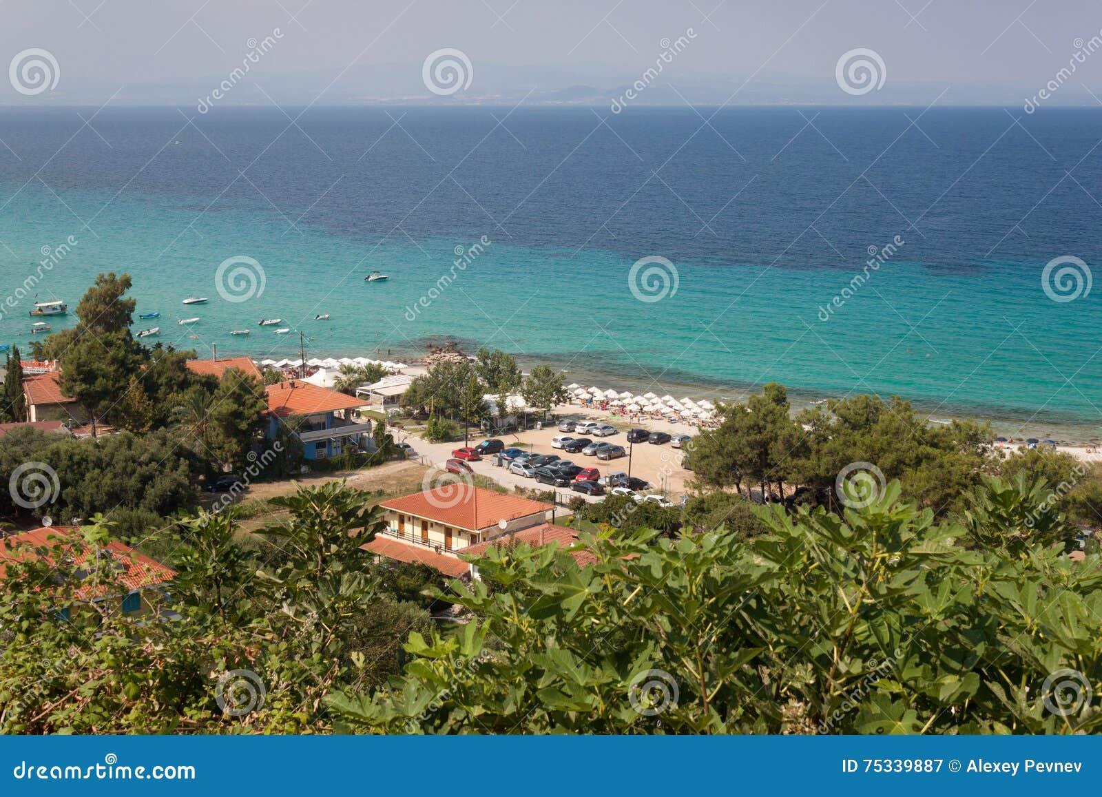 Wyrzucać na brzeg w Afitos i lato kurorcie przy Kassandra