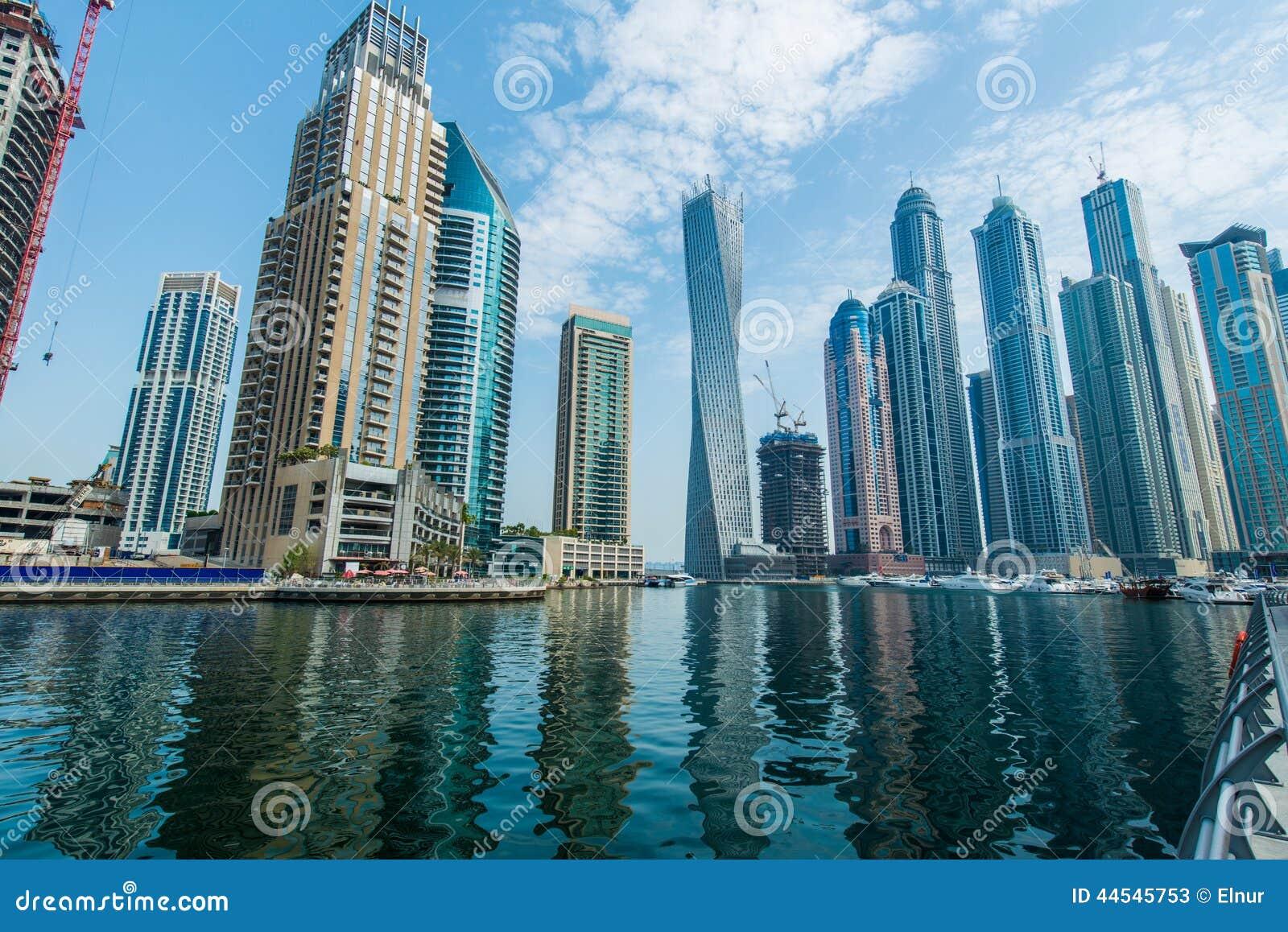 Wysocy Dubaj Marina drapacze chmur