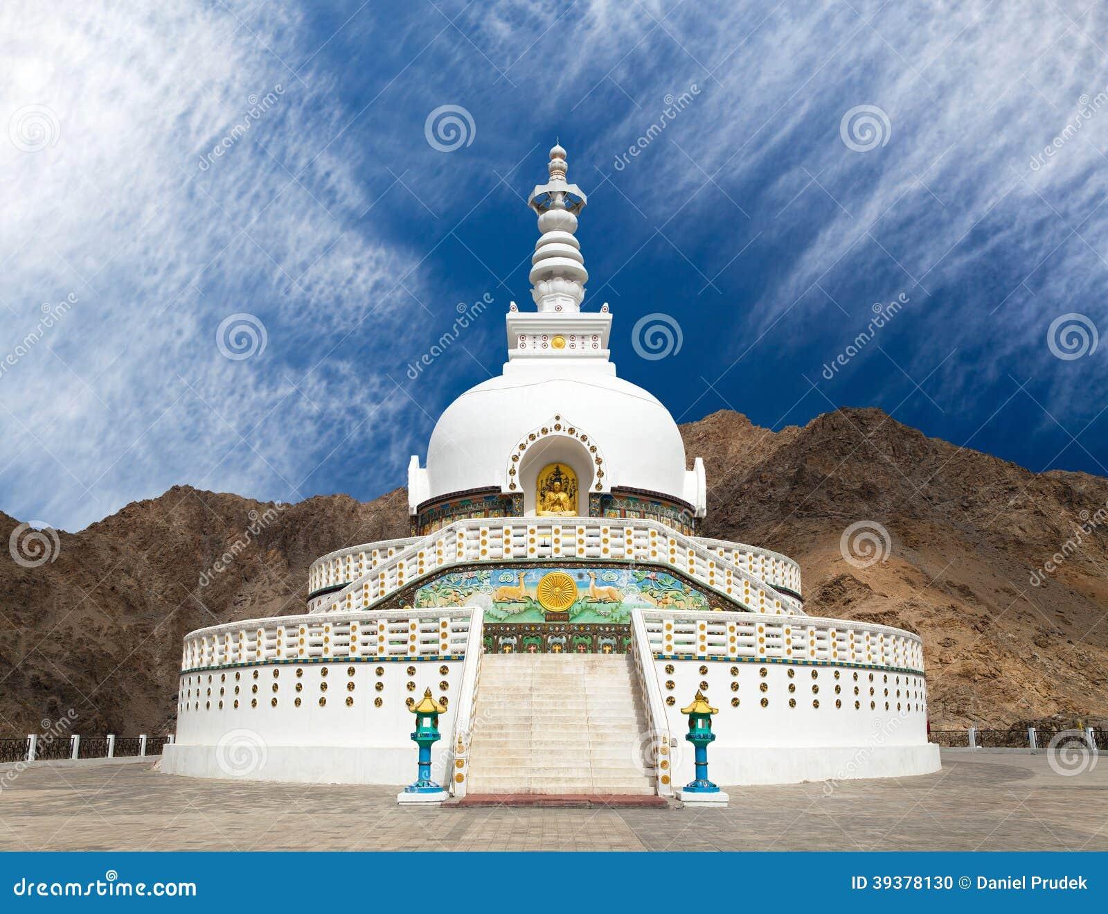 Wysoka Shanti stupa blisko Leh, Ladakh, India -