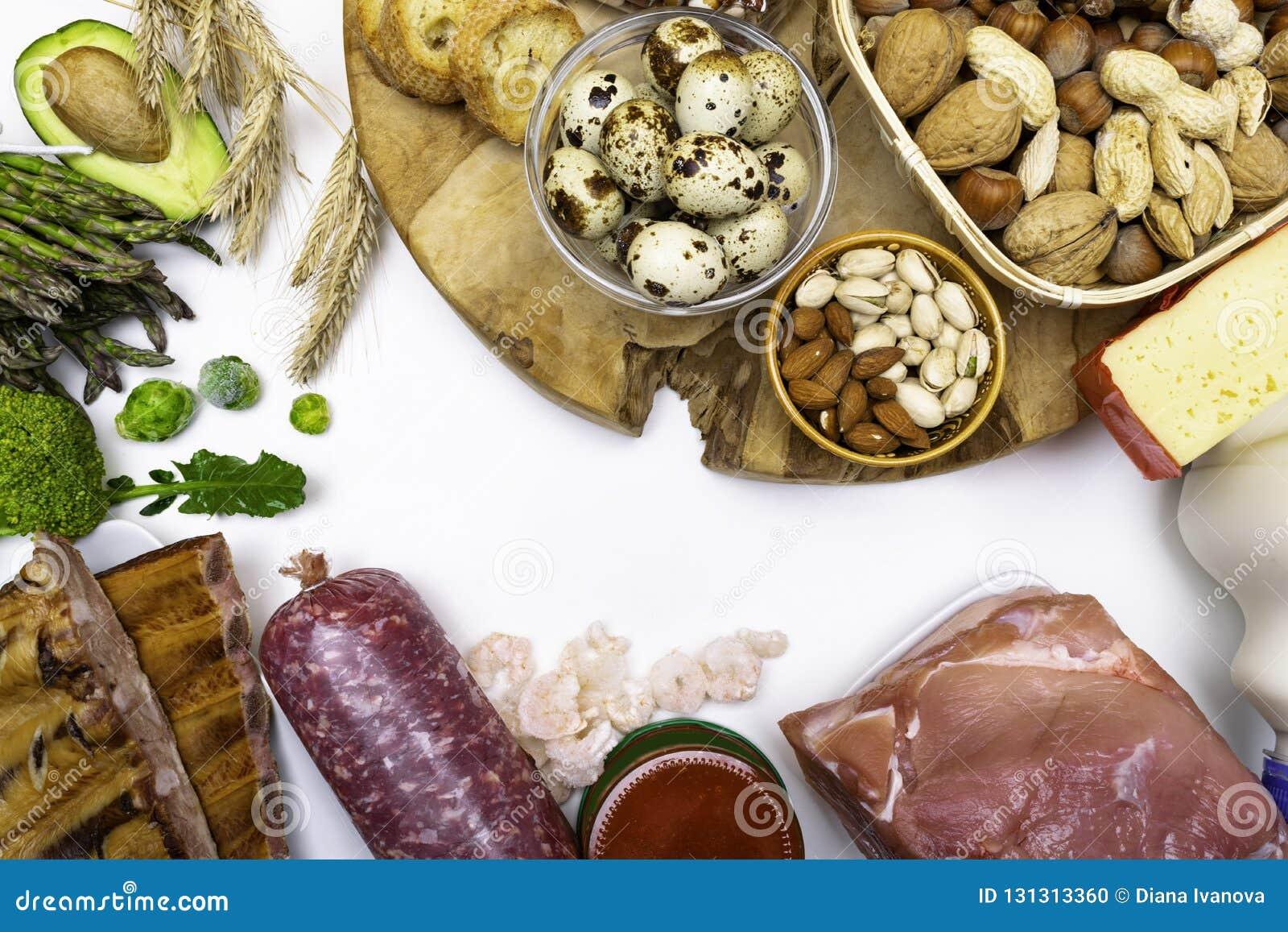 Wysoki - proteinowy jedzenie - mięso, kawior, garnele, dokrętki, jajka, fasole, cheesevegetables produkty dla zdrowej balansowej