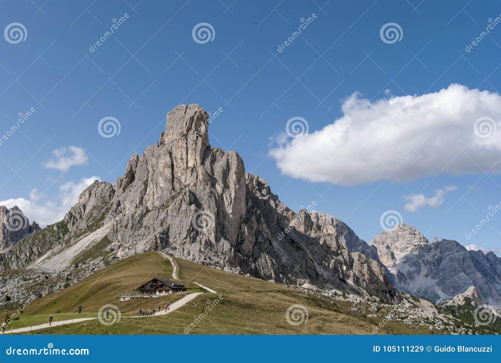Wysokiej góry przepustka Giau