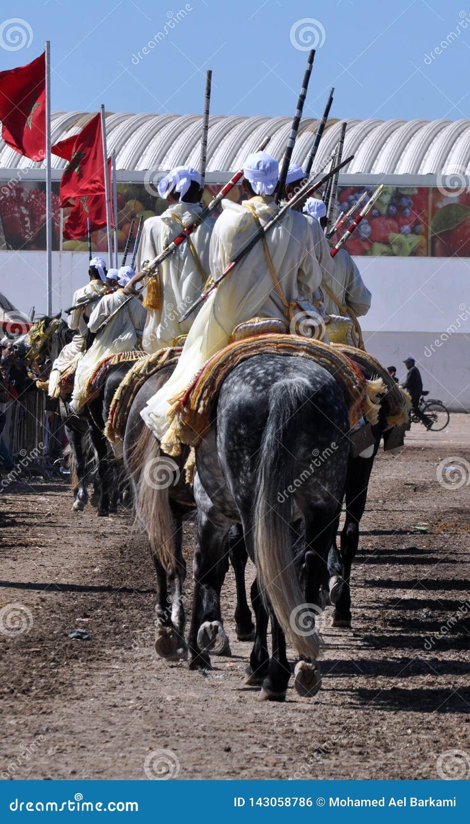 Występ tradycyjna fantazja w Maroko