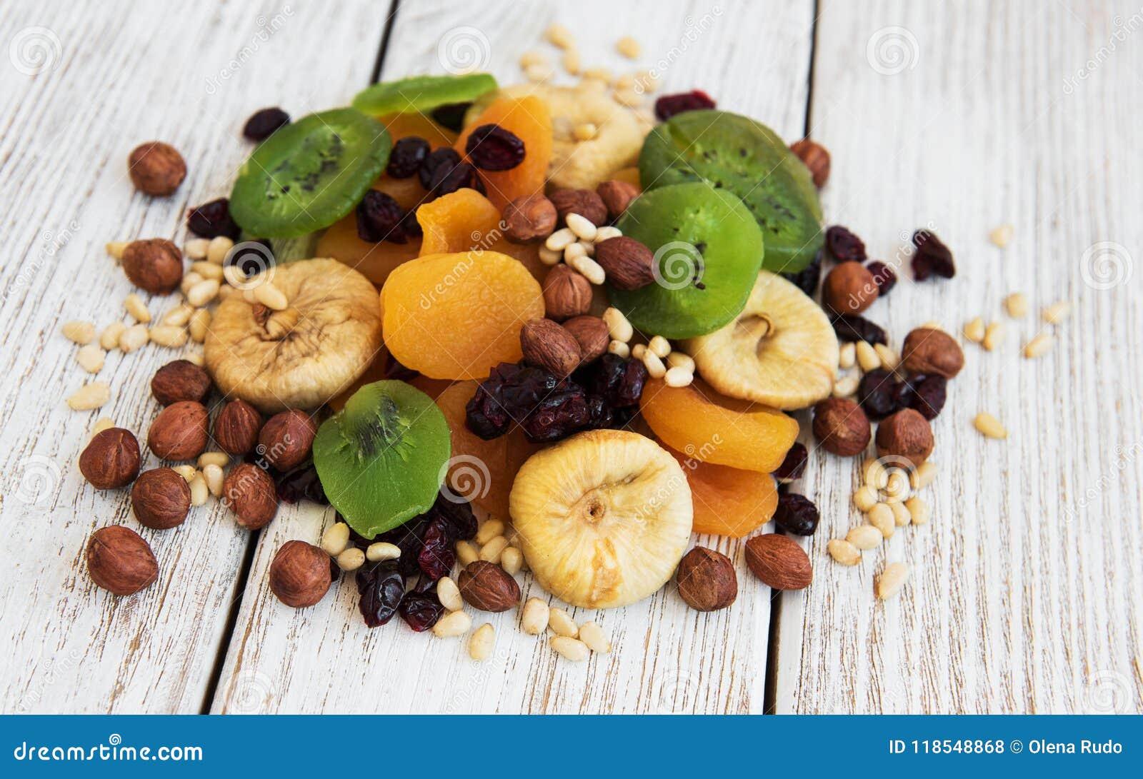 Wysuszone owoc mieszali