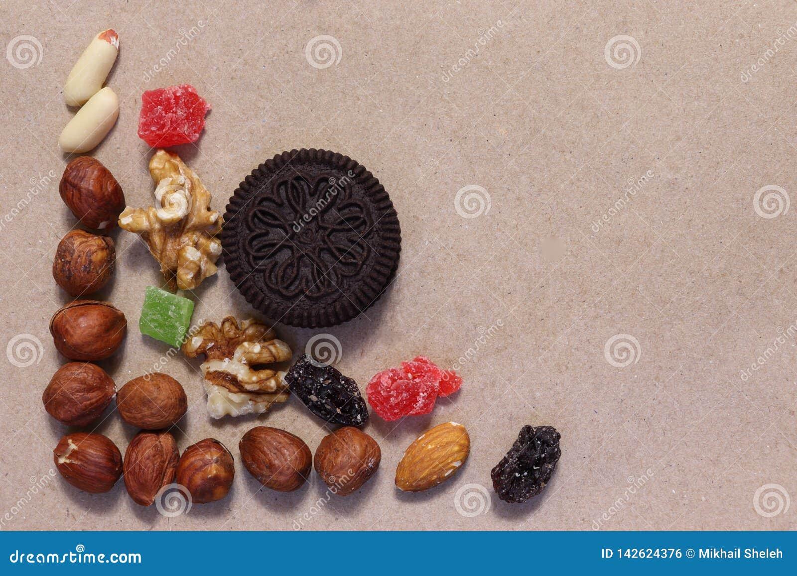 Wysuszone owoc na unbleached papierze Deserowa mieszanka