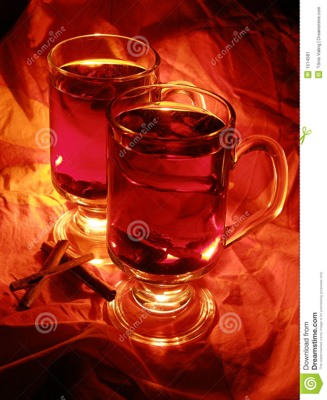 X mas drink mulled wine stock image image 1514581 for Hot alcoholic beverages