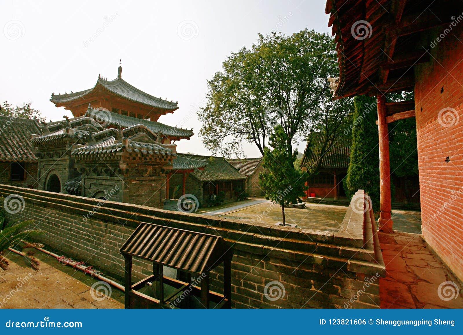 Xiang Yan Temple