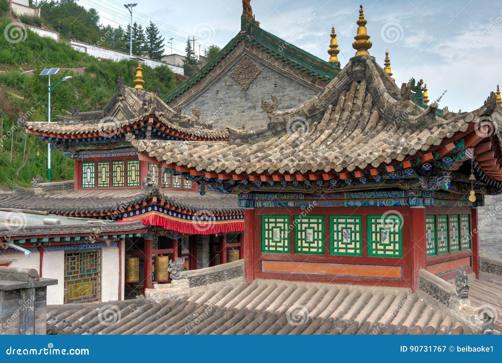 XINING CHINY, Jun, - 30 2014: Kumbum monaster sławny punkt zwrotny