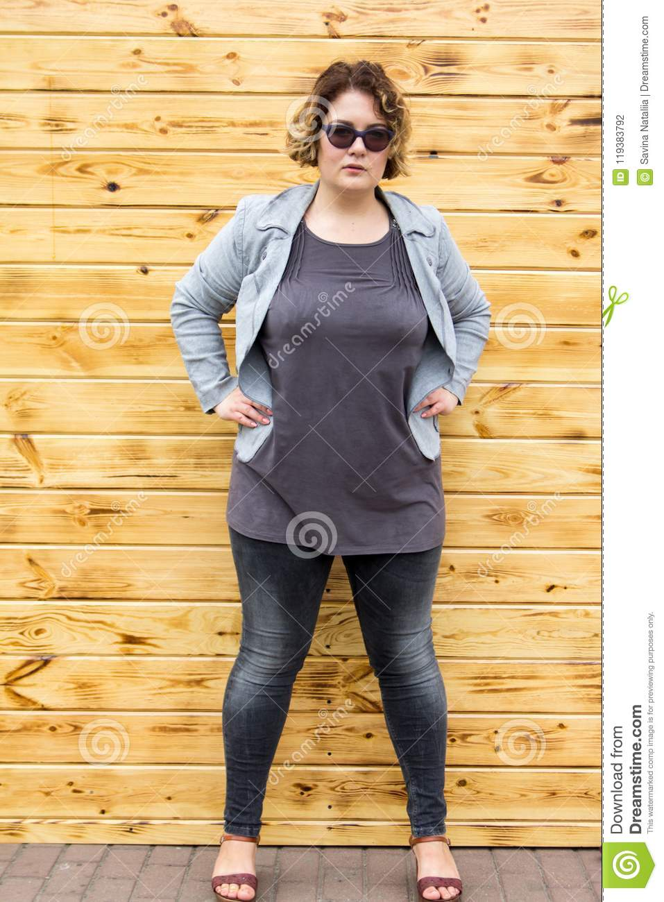 Saggy granny porn pictures