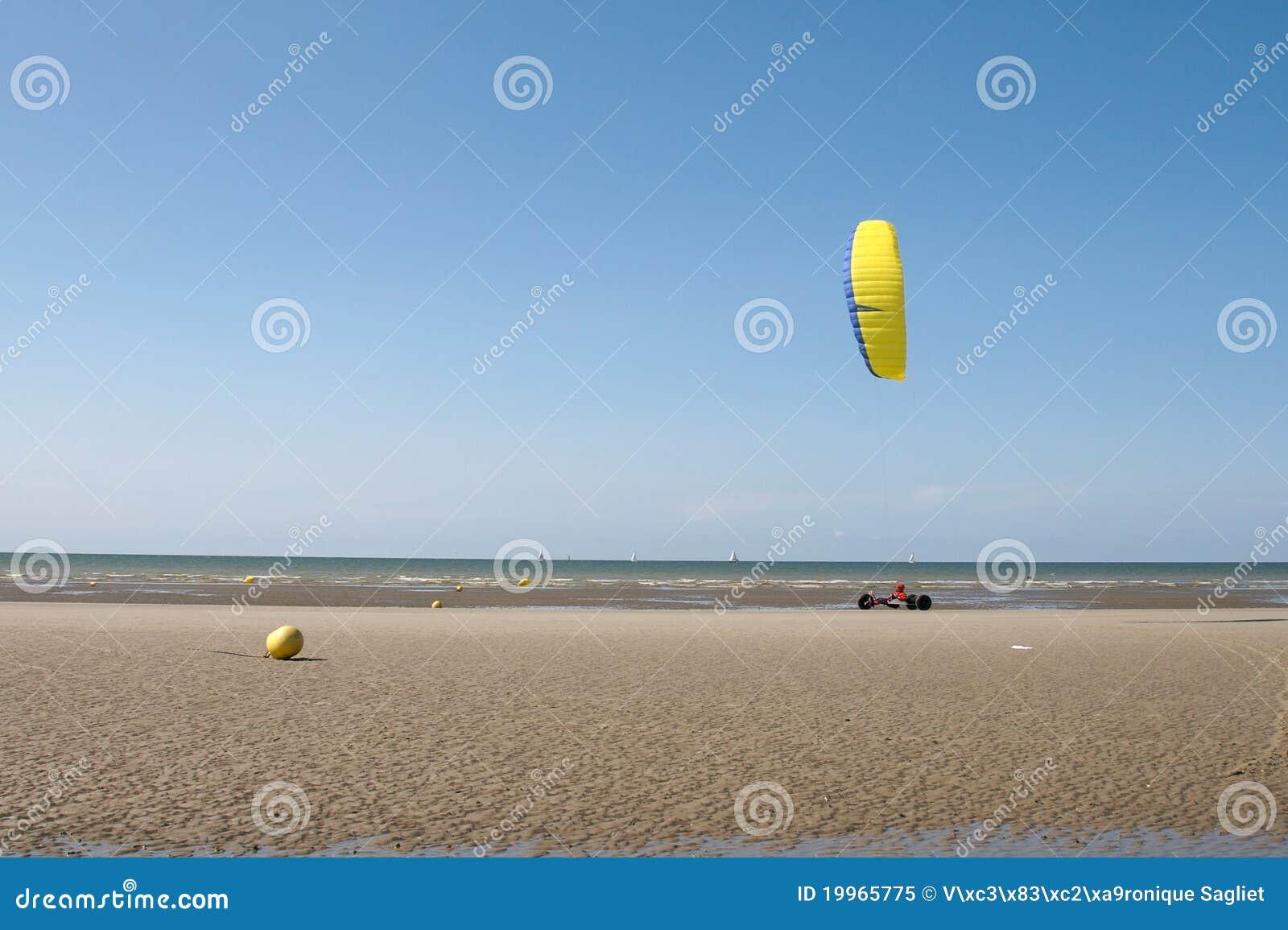 Yacht de sable ou véhicule de cerf-volant