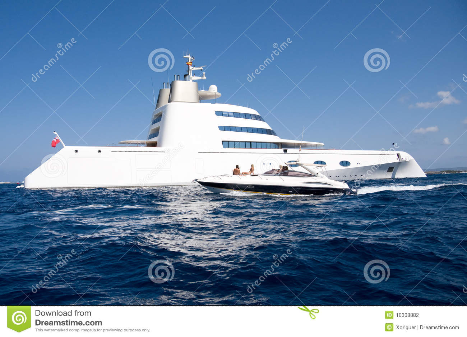 Yacht superbe d Andrei Melnichenko