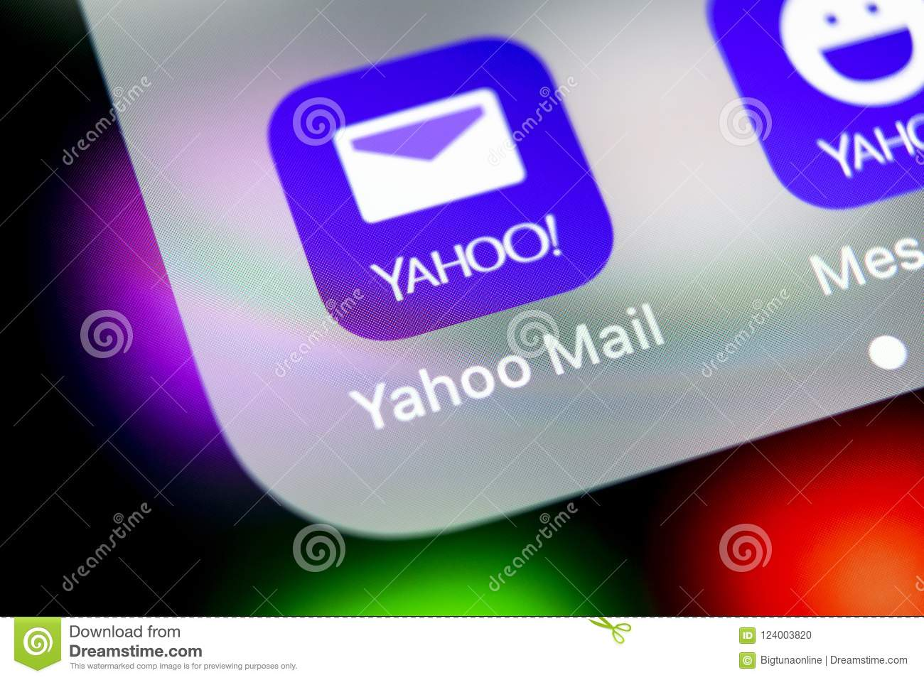 how to download yahoo mail data