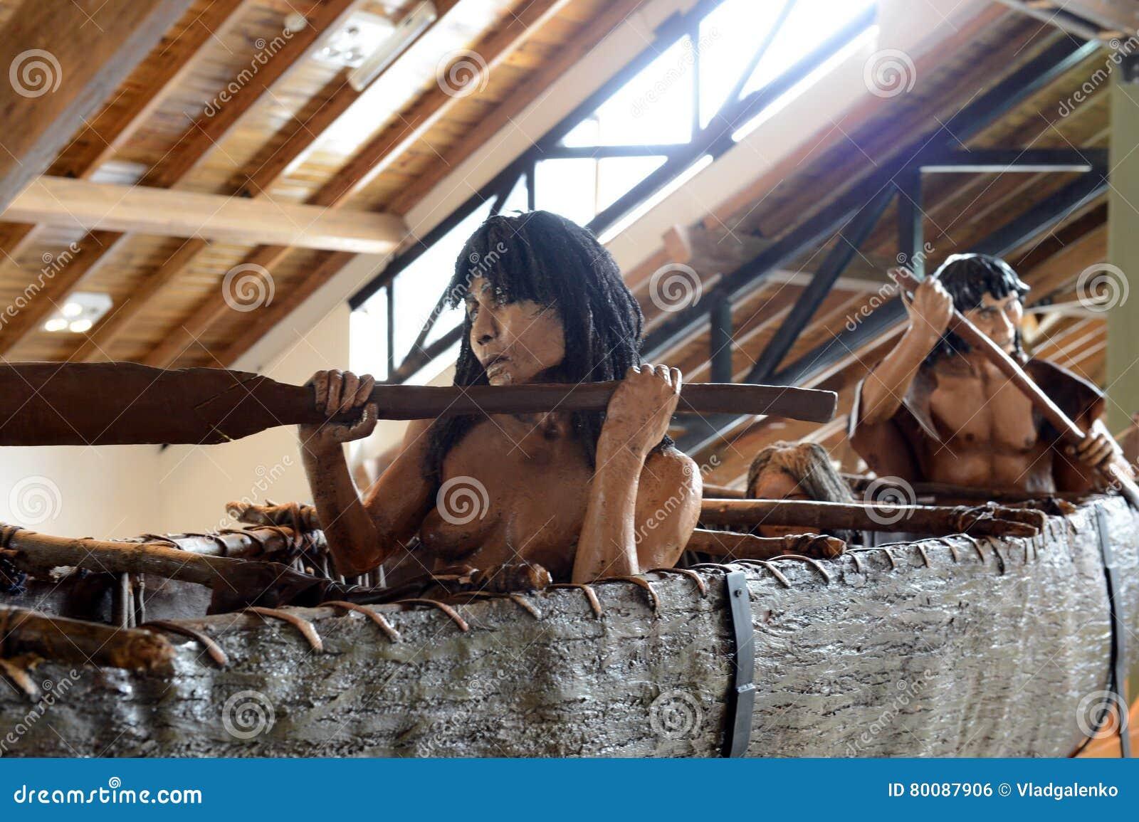 Yamana indianów plemię przy muzeum park narodowy Tierra Del Fuego