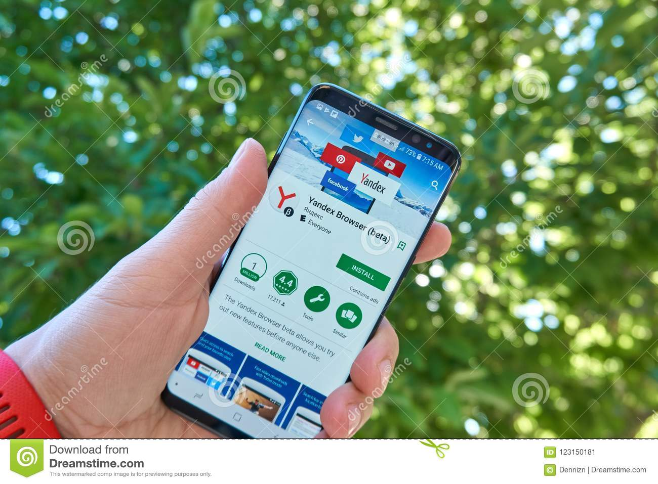 Yandex Browser Mobile App On Samsung S8 Editorial Photo