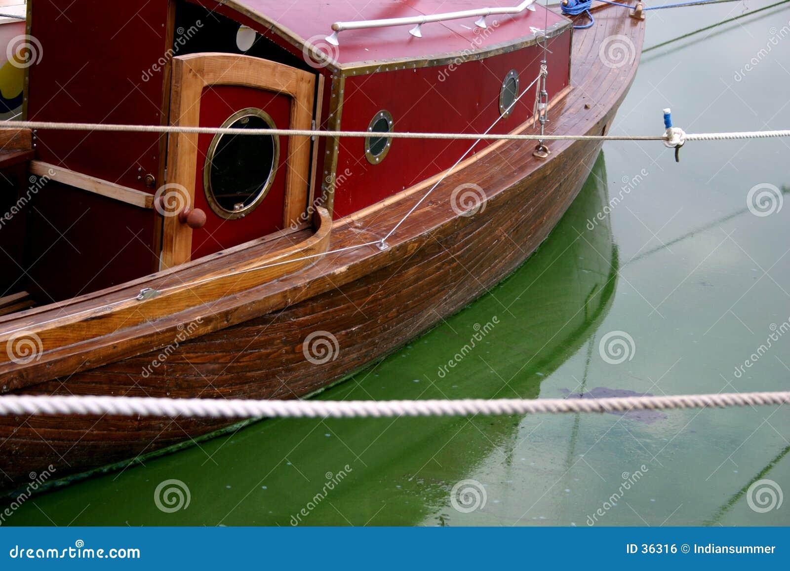 Download Yate [2] foto de archivo. Imagen de barco, yate, sombras - 36316