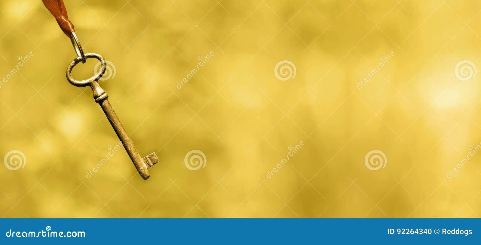 Życia trenowania sztandar w złocie