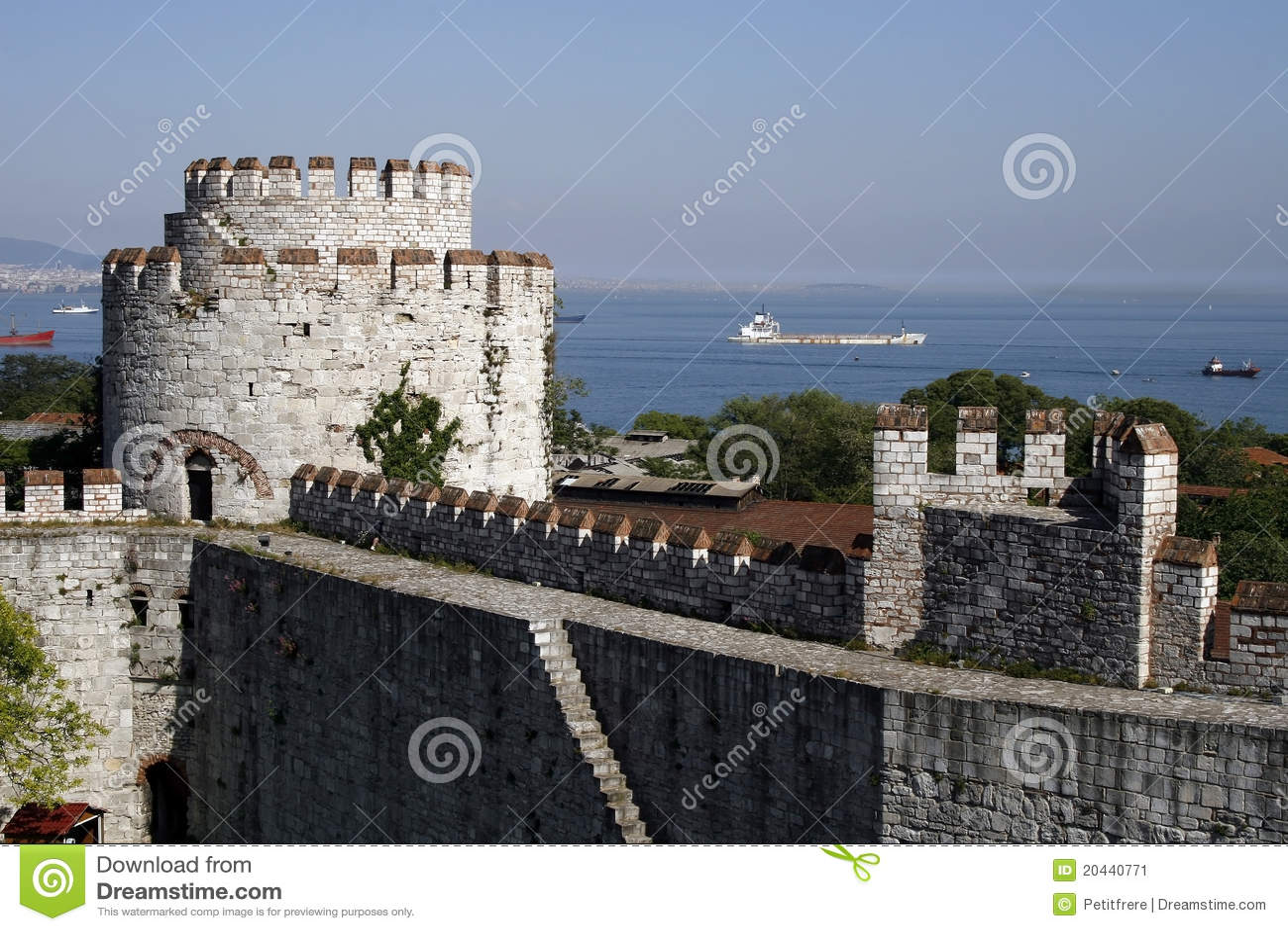 Yedikule Castle Editorial Photo - Image: 20440771