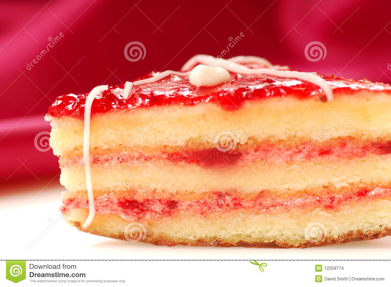 strawberry glaze for cake yellow cake with strawberry glaze petifore stock photo 7752