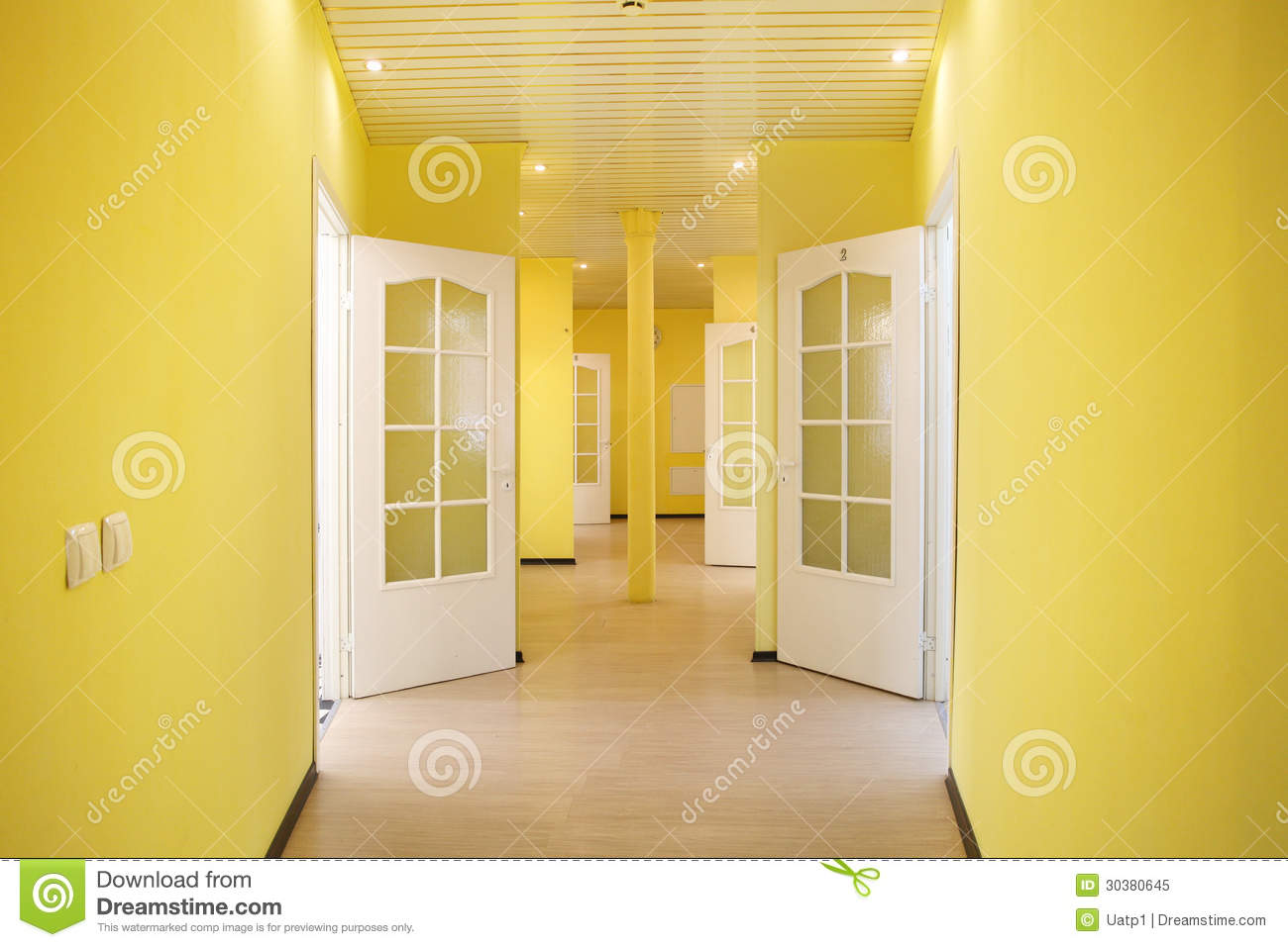 Yellow corridor royalty free stock photo image 30380645 - Couleur pour un couloir ...