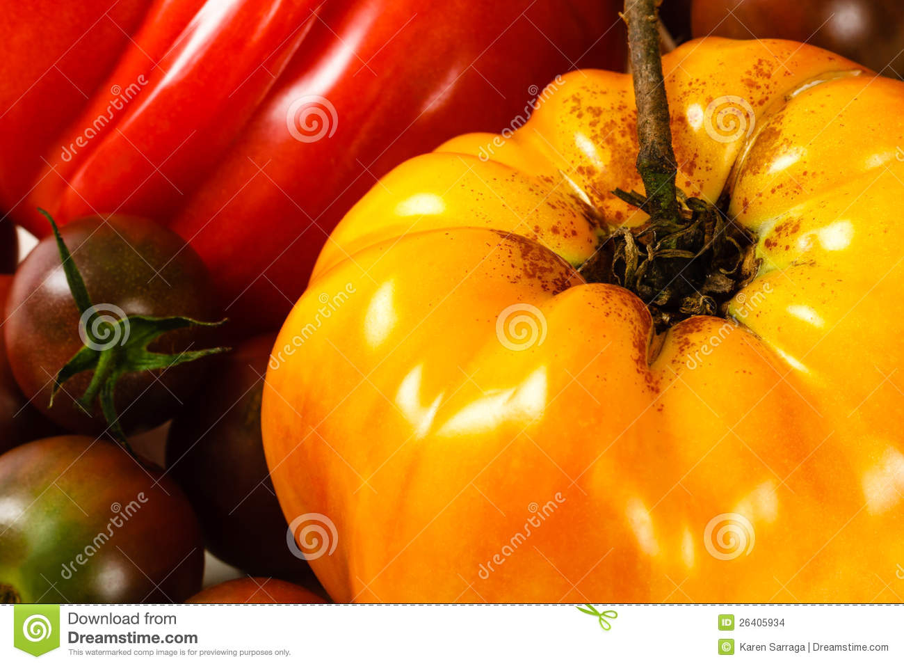 Yellow Heirloom Tomato Stock Images - Image: 26405934