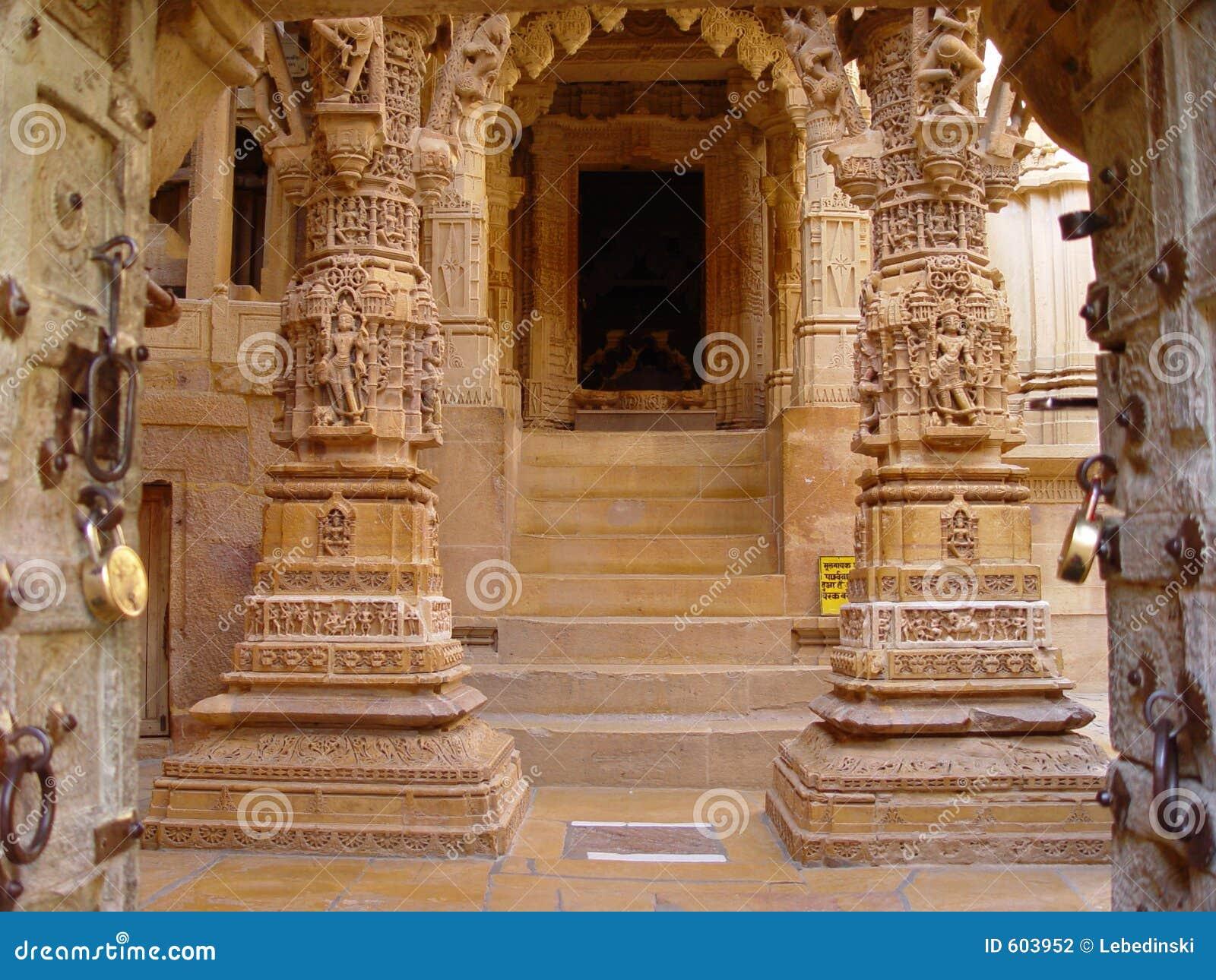 yellow stone jaisalmer stock photo image of carvings