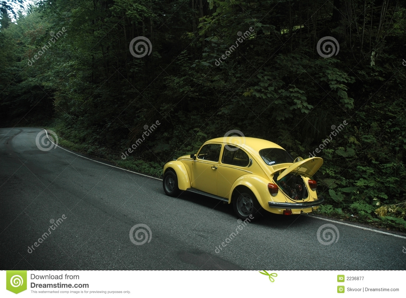 Yellow VW Beetle 1302 stock image. Image of open, kaefer - 2236877