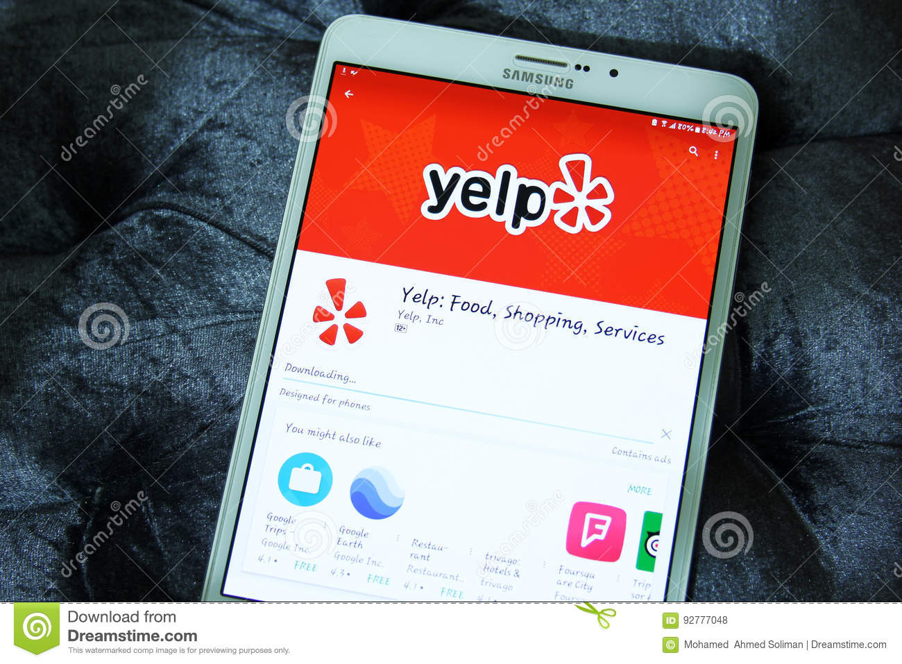 Yelp Food , Shopping , Services App Editorial Stock Photo