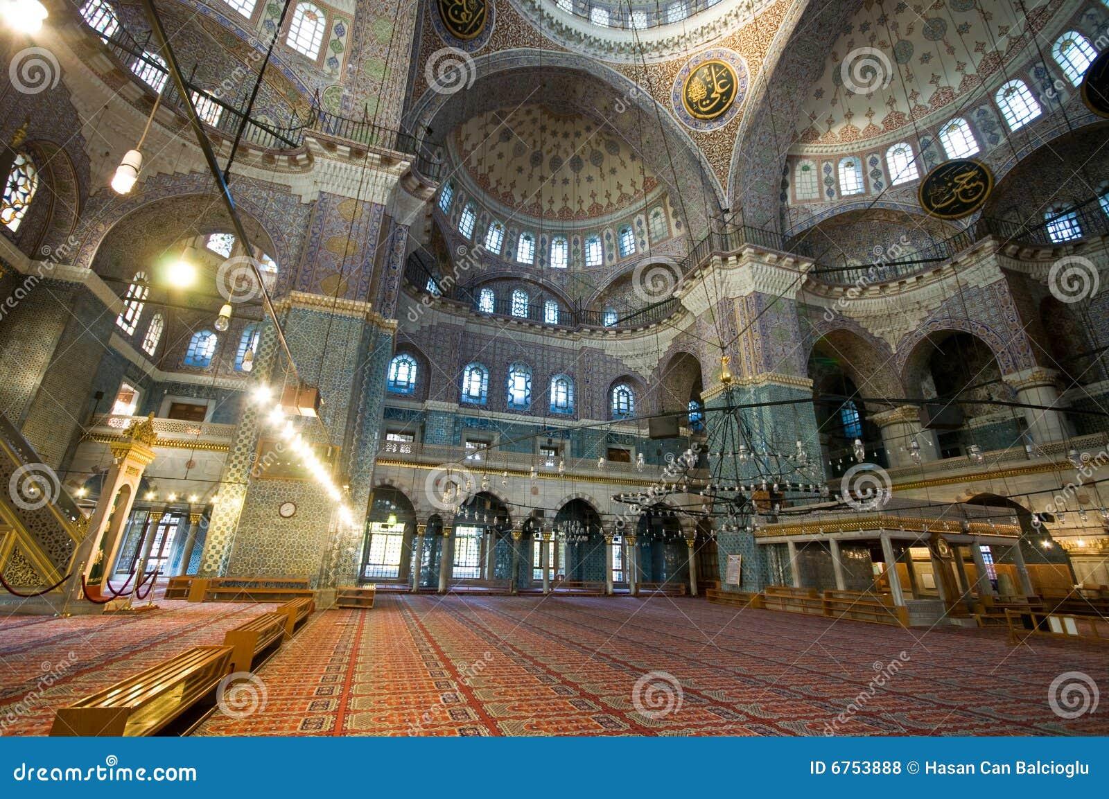 Yeni Cami (Nieuwe Moskee) in Istanboel, Turkije