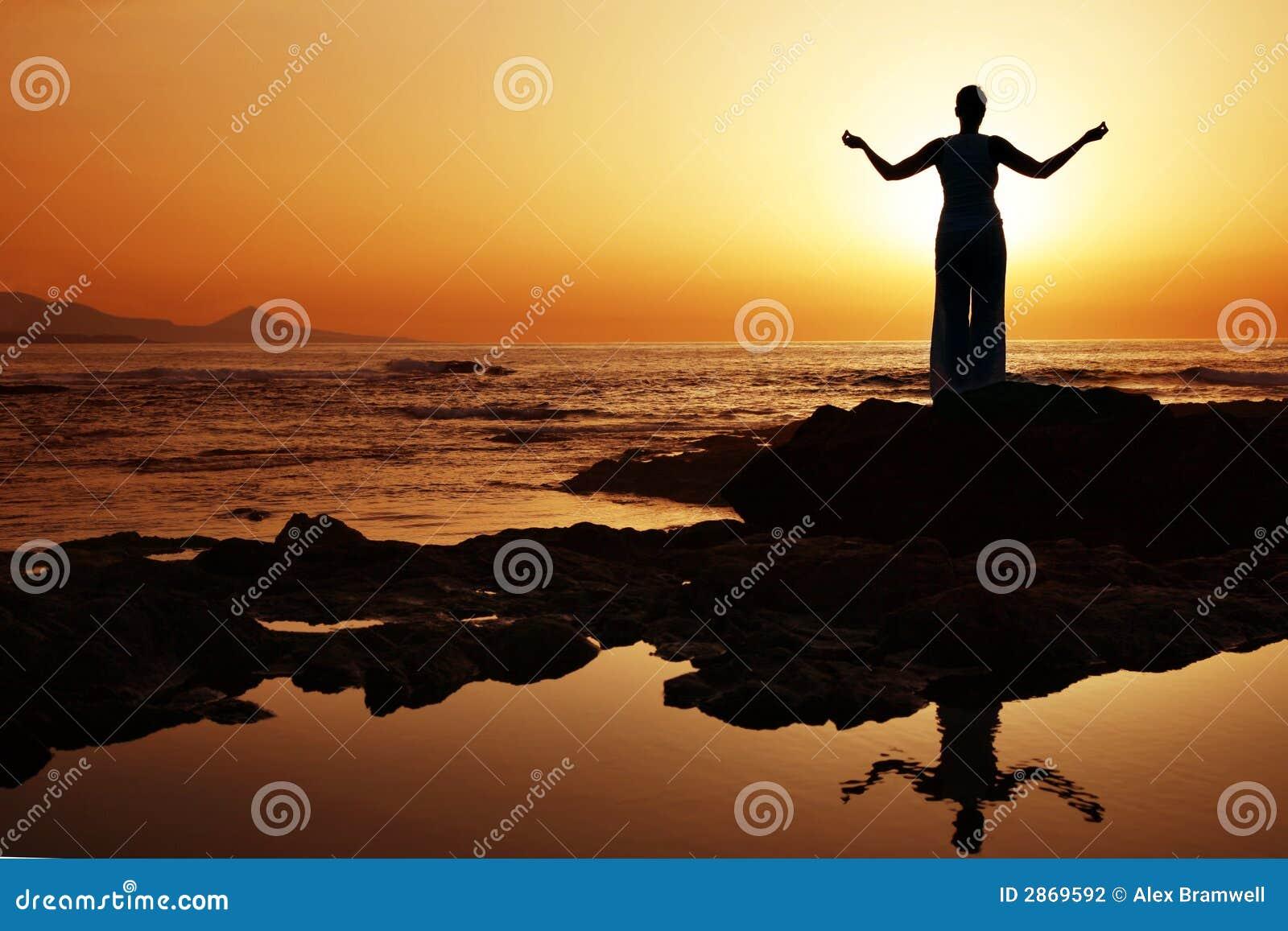Yoga de la puesta del sol