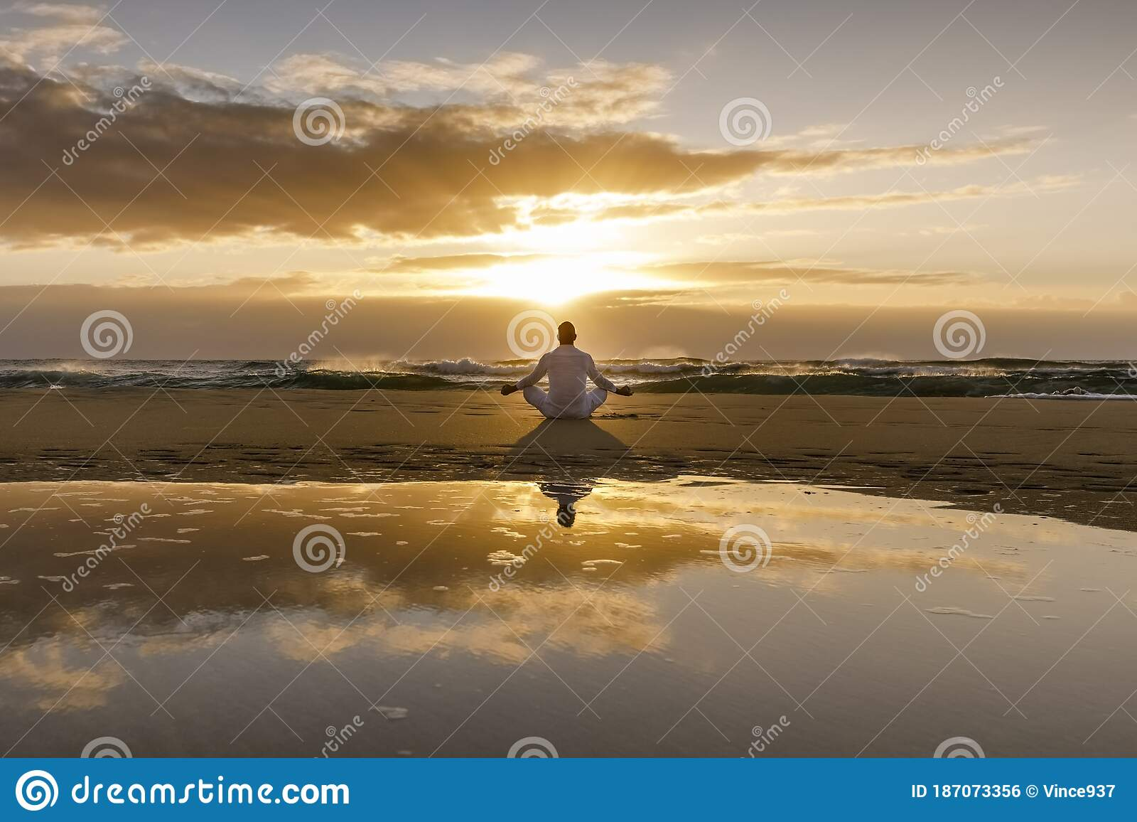 Yoga Meditation Silhouette Lotus Sunrise Beach Water Reflection Of Man In Yoga Pose Mindfulness Wellbeing Concept Stock Photo Image Of Lotus Serenity 187073356