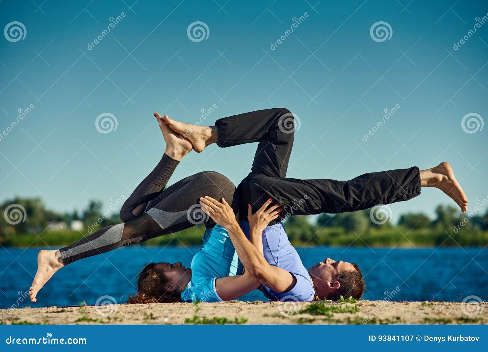 Yoga met partner