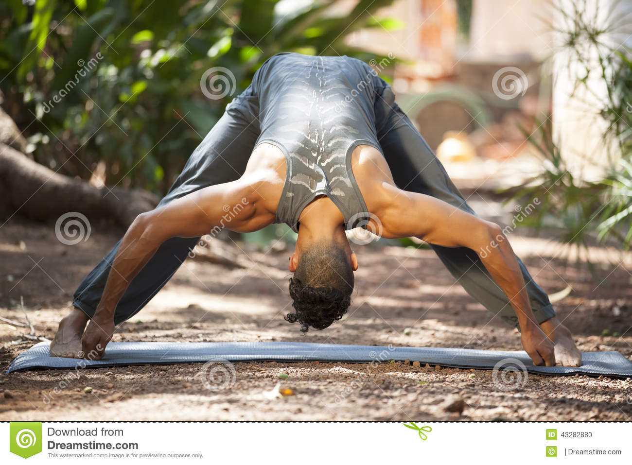 Yoga In Nature Stock Photo - Image: 43282880