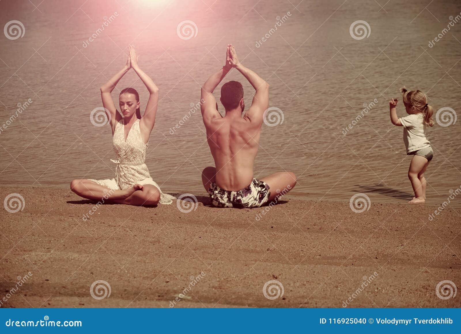 Yoga y meditación, amor y familia, vacaciones de verano, alcohol, cuerpo