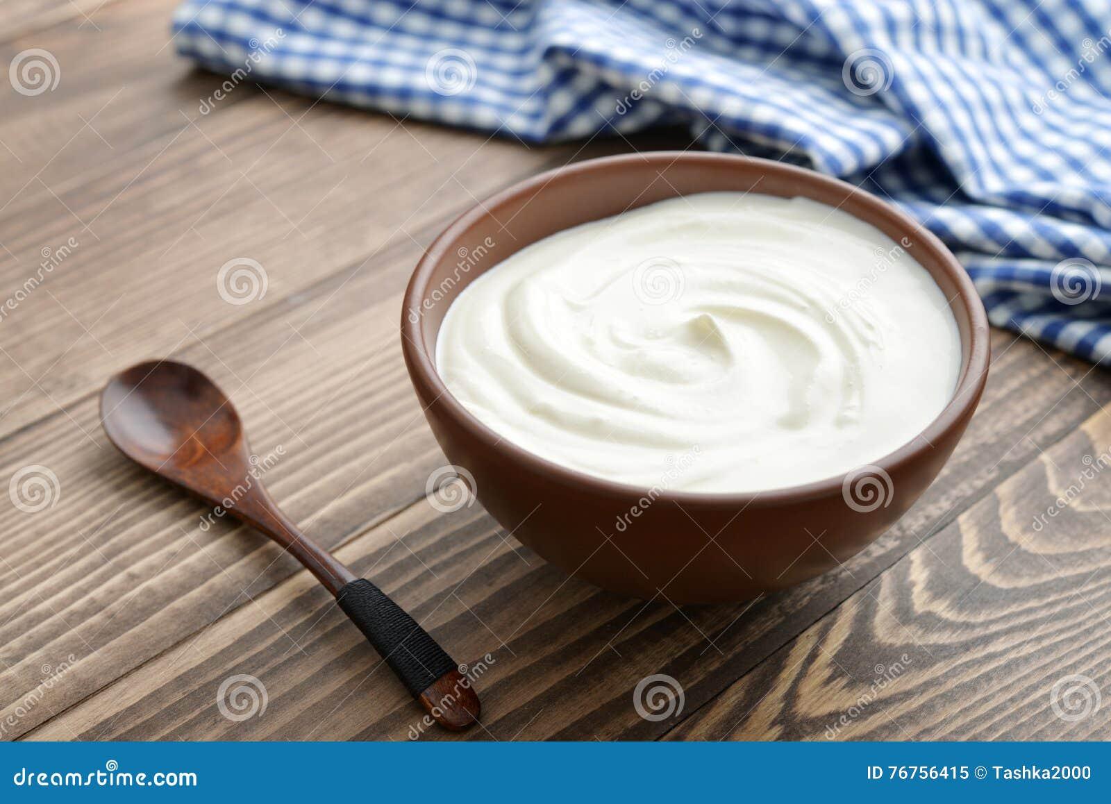 Yoghurt i bunke