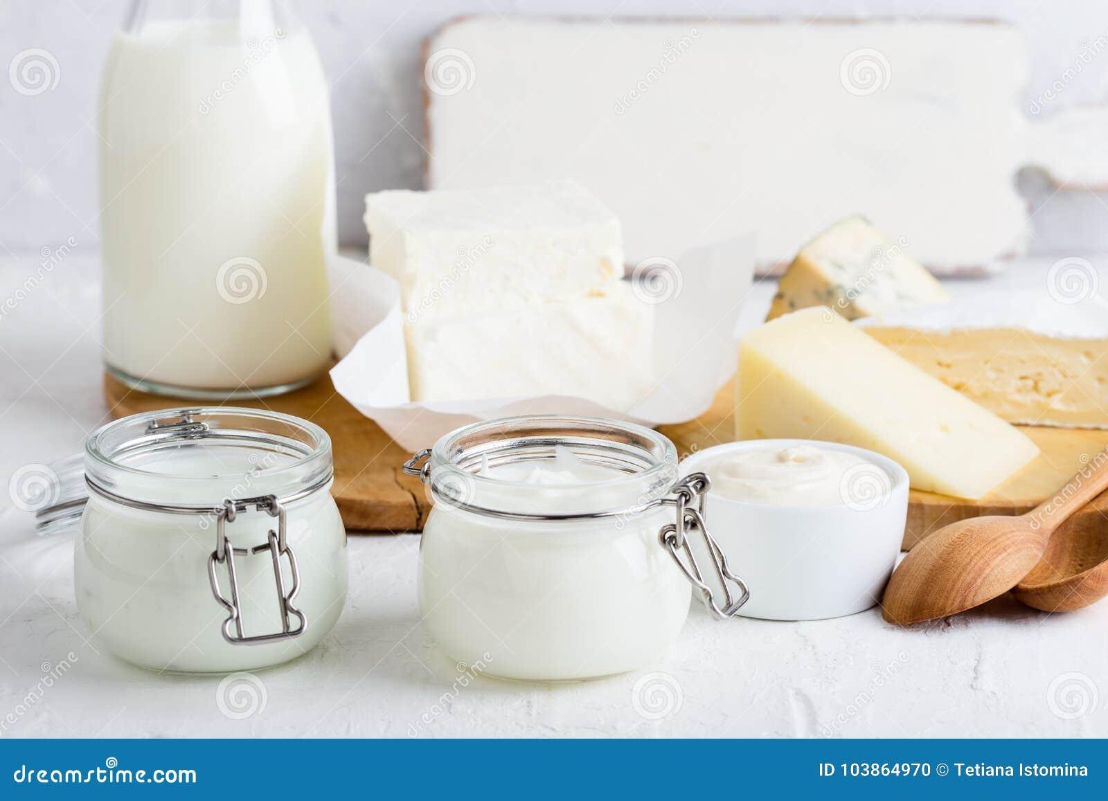 Yoghurt Nya organiska mejeriprodukter