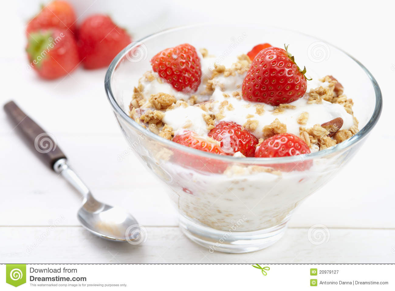 Yogurt And Cereal Royalty Free Stock Photography - Image: 20979127