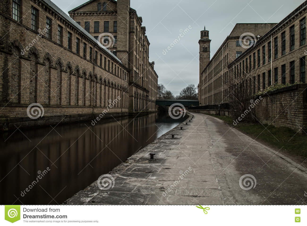 Yorkshire Canal