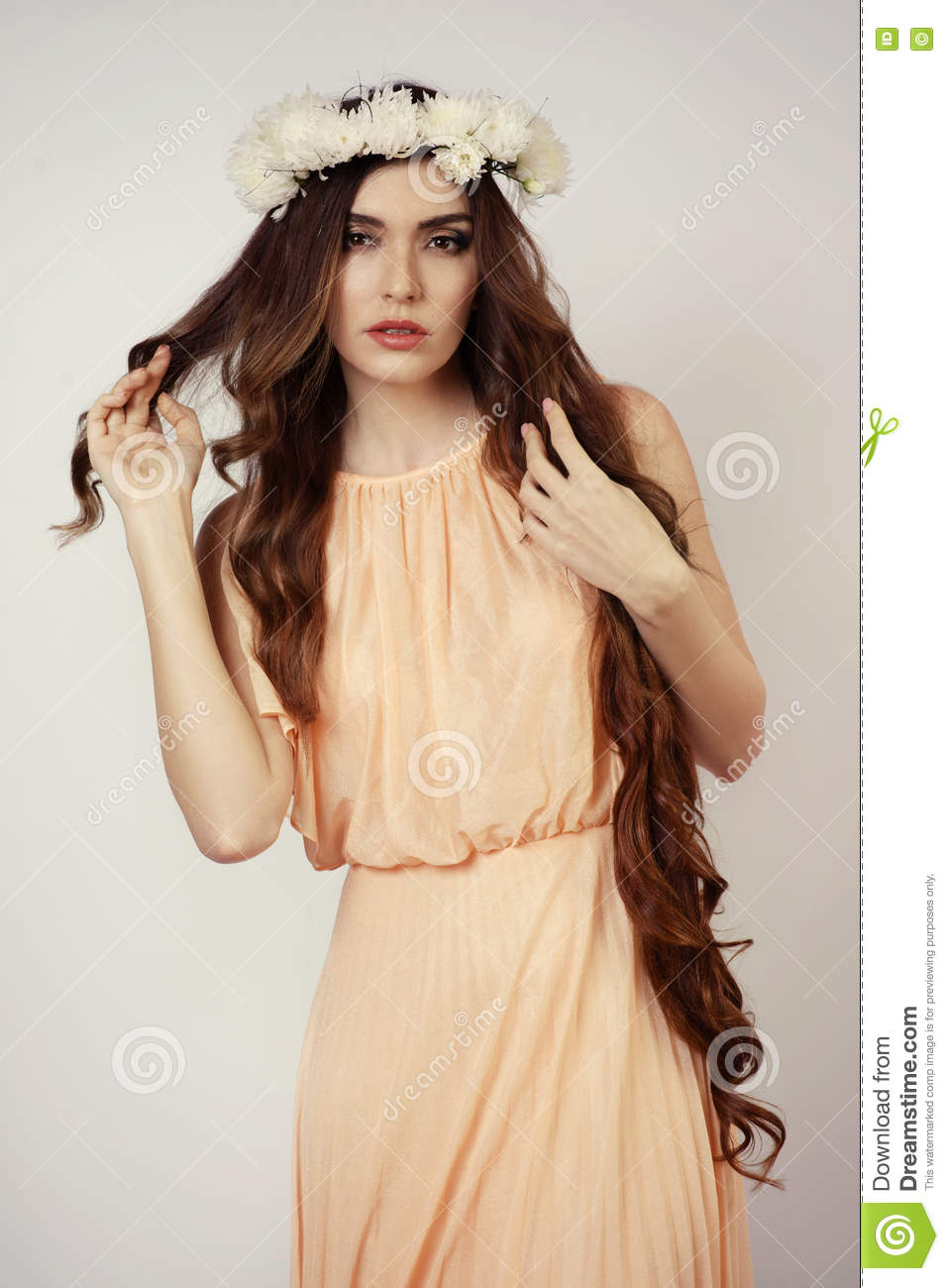 Youn girl at flower crown stock photo image of movie 73951690 youn beautiful girl at white flower crown izmirmasajfo