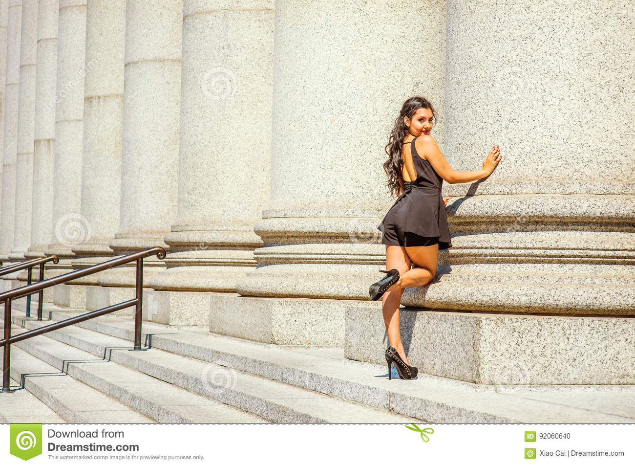 6ee4f6628168 Young American Woman Summer Street Fashion In New York Stock Photo ...