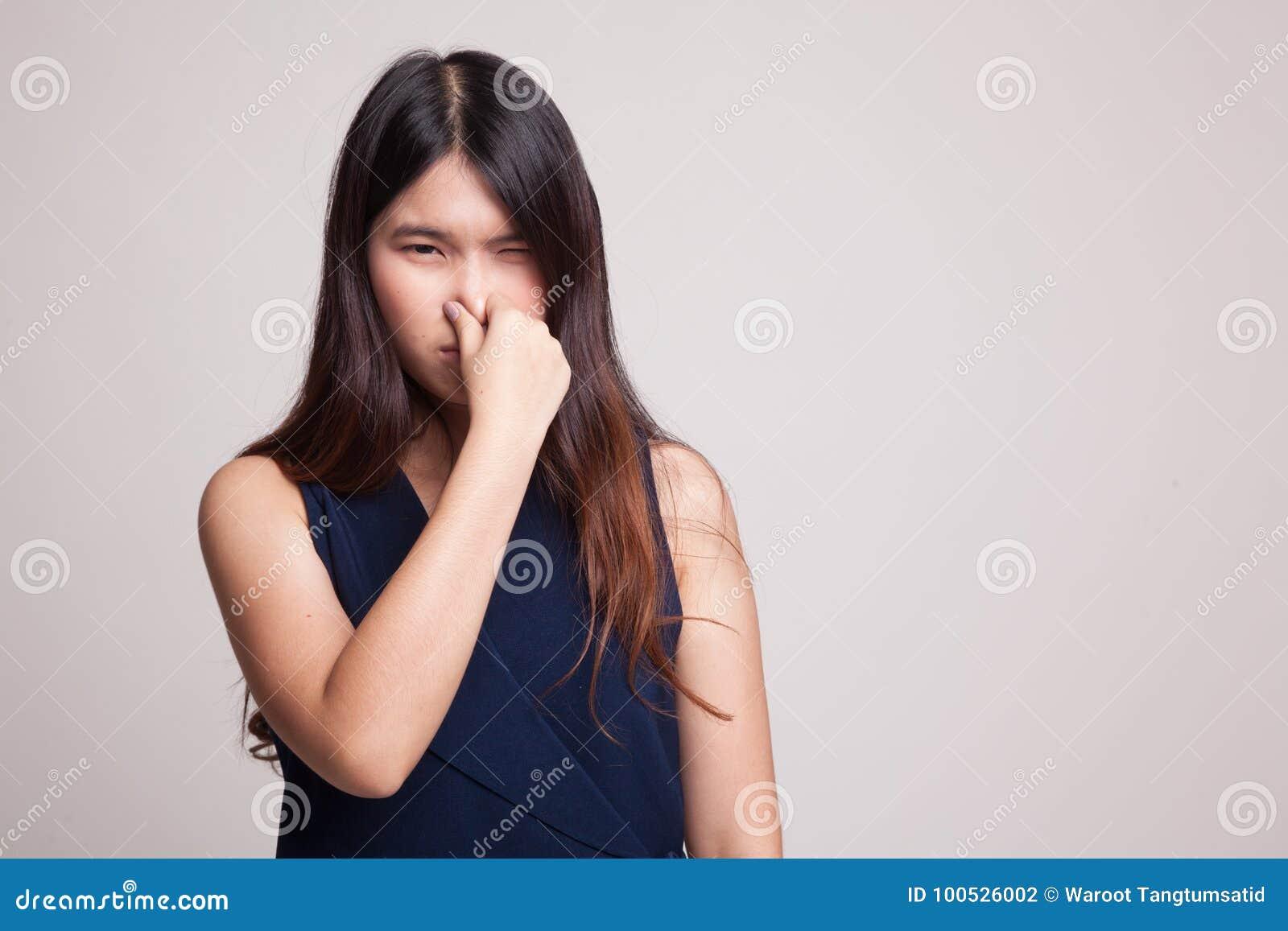 British women facial cumshot