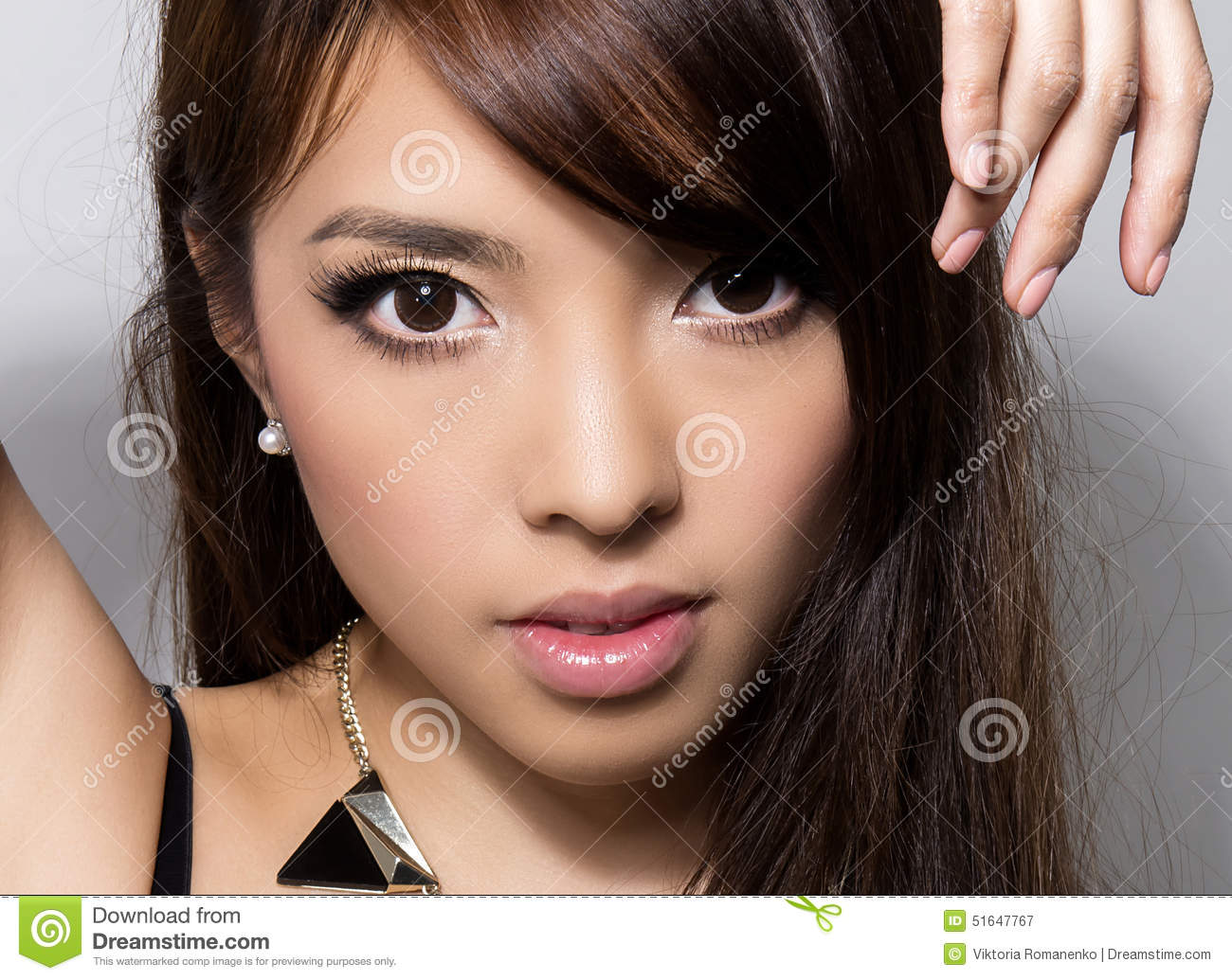 asian women Make styles up for