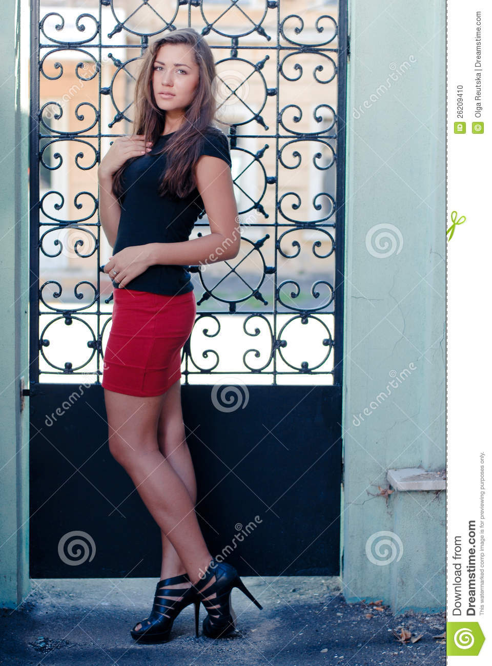 iron gate cougar women She catches him she dominates him she enjoys him victoria we go out swinging older married woman loses inhibitions on girls' holiday a lonely cougar enjoys some summer romance.