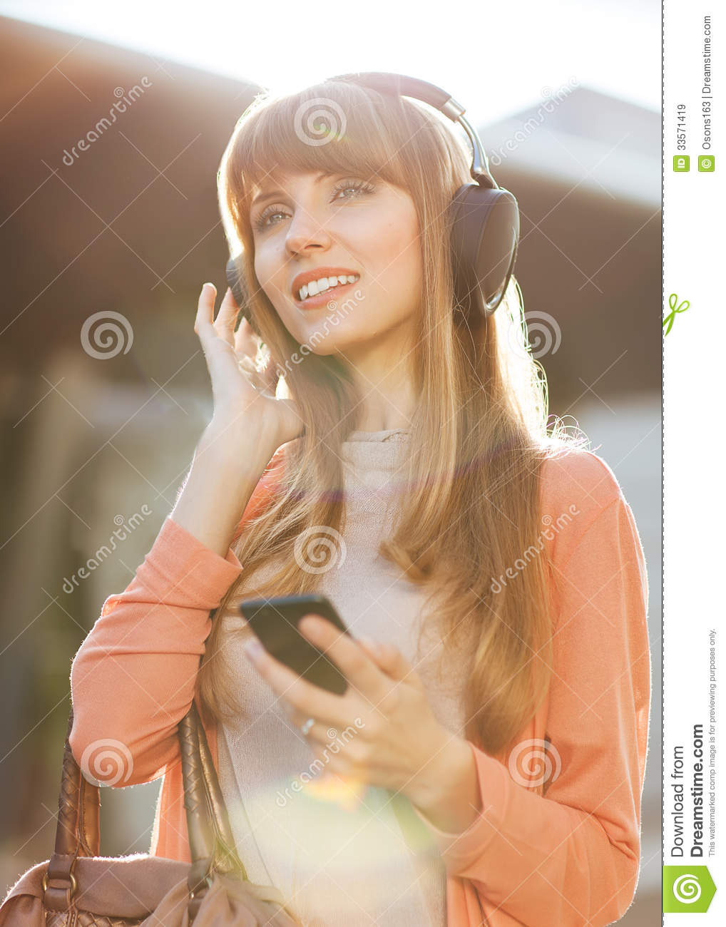 Beautiful girls all over the world mp3