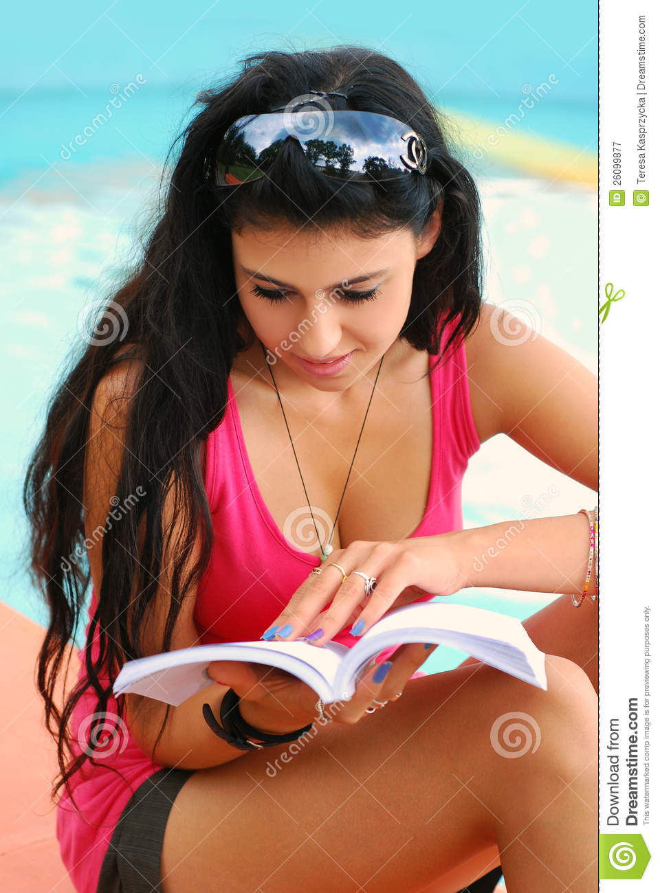 Young Beautiful Girl Reading A Book Royalty Free Stock