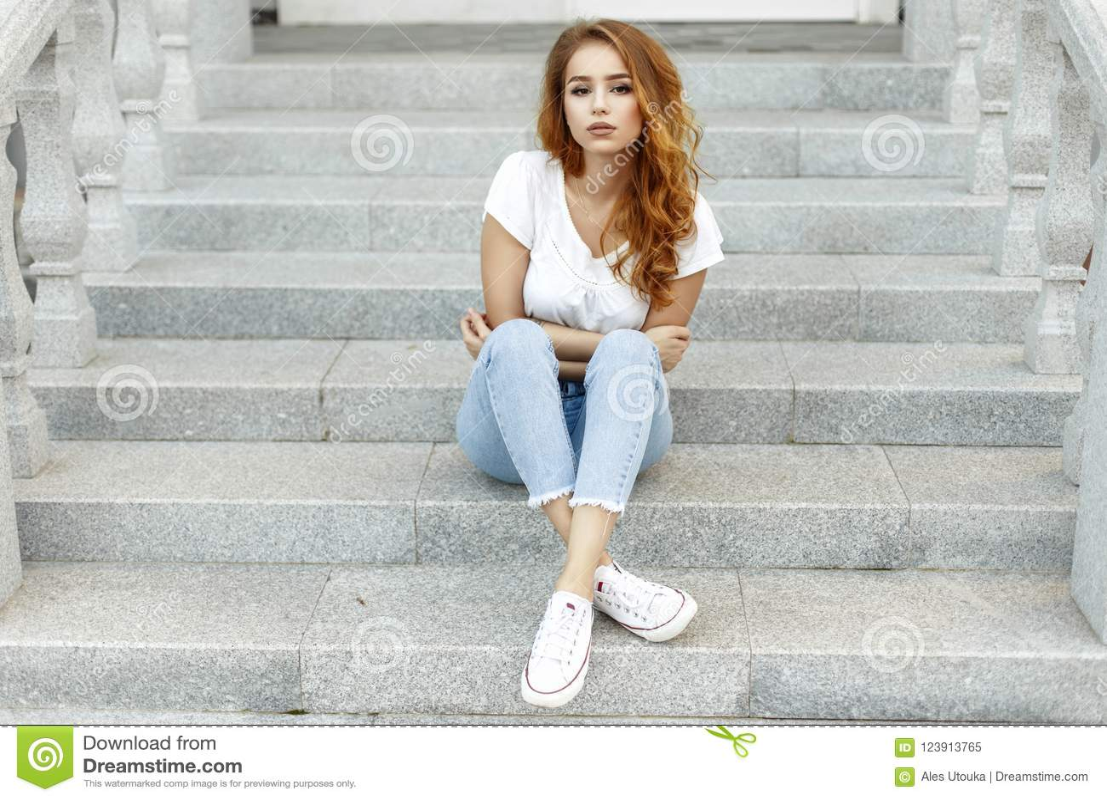 594a8b7b457 Young Beautiful Girl In A White T-shirt