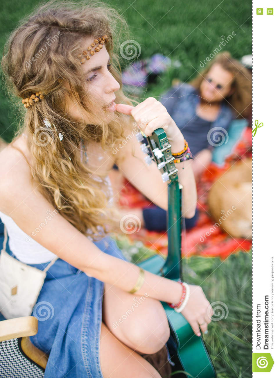 hippie girl dating dating a southerner