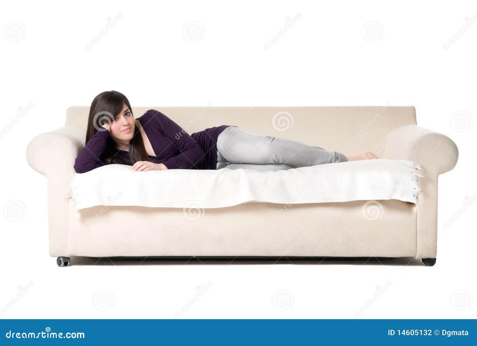 Сидя дома на диване для взрослых 12 фотография