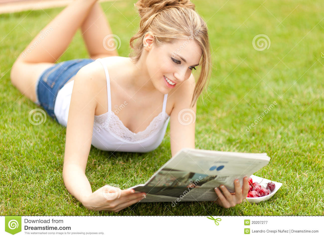 Young Beautiful Woman Reading Newspaper Royalty Free Stock ...