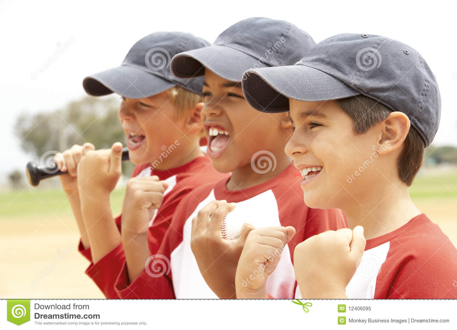 Young Boys dans l équipe de baseball