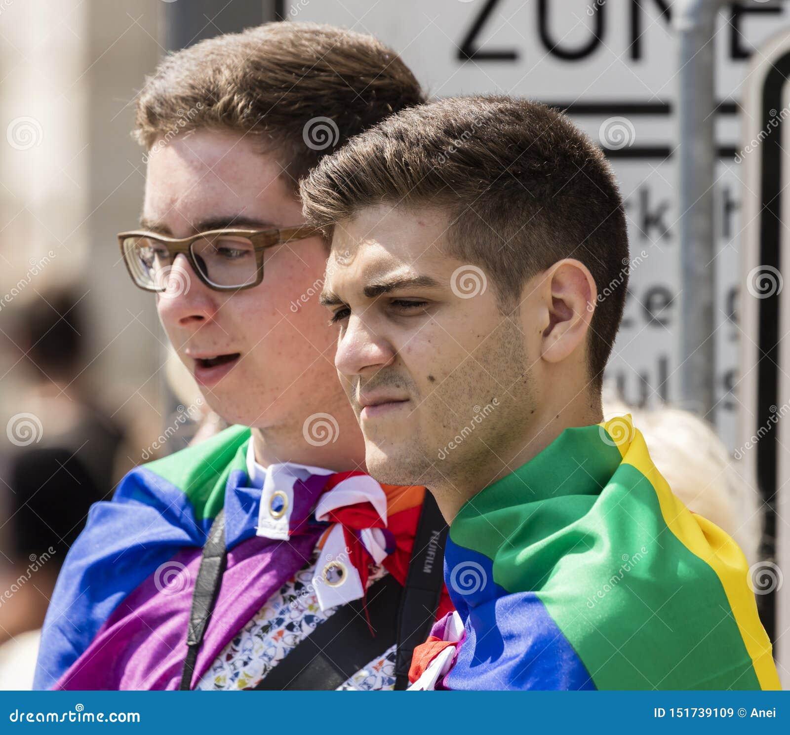 German boys gay Jongens (TV